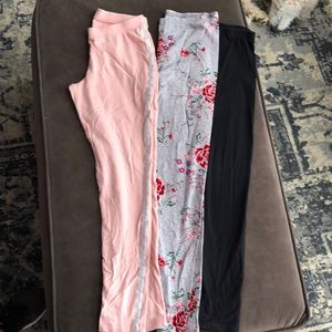 Bundle 3 pairs girls leggings!